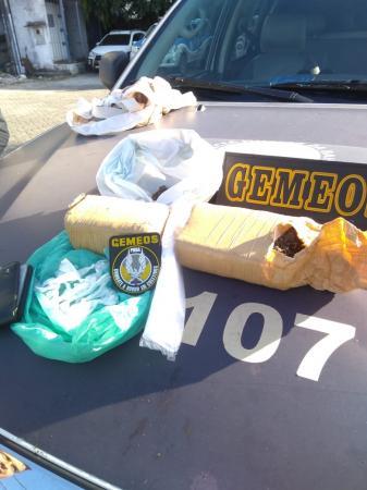 Drogas eram transportadas em táxi