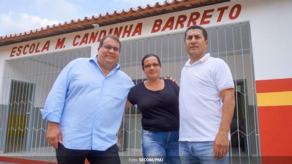 Escolas municipais do povoado do Cajueiro são reformadas