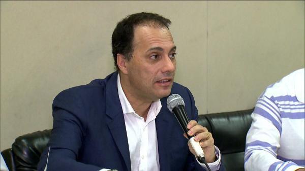Após sair da prisão, prefeito de Mauá afirma que vai reassumir o cargo.