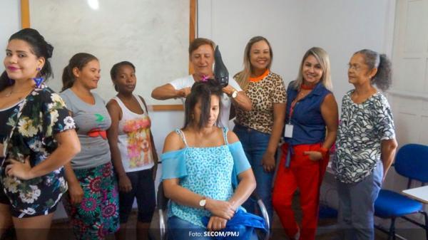 Ação ajuda a desenvolver autoestima de mulheres assistidas pelo Núcleo de Atendimento à Mulher