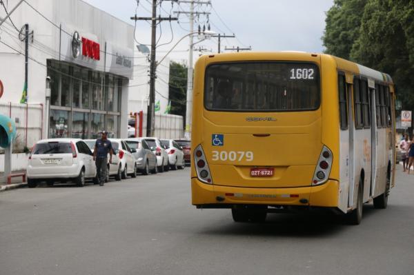Gemeos prende assaltantes de ônibus na região da ACM