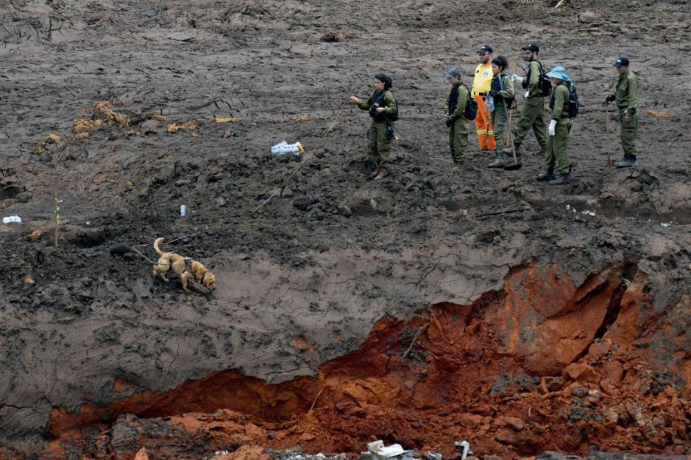 Assembleia de Minas pede indiciamento de 13 na tragédia de Brumadinho
