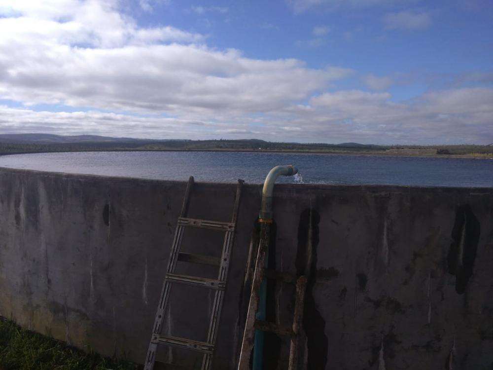 Dono de fazenda em jaguaquara é conduzido por desviar água para irrigação