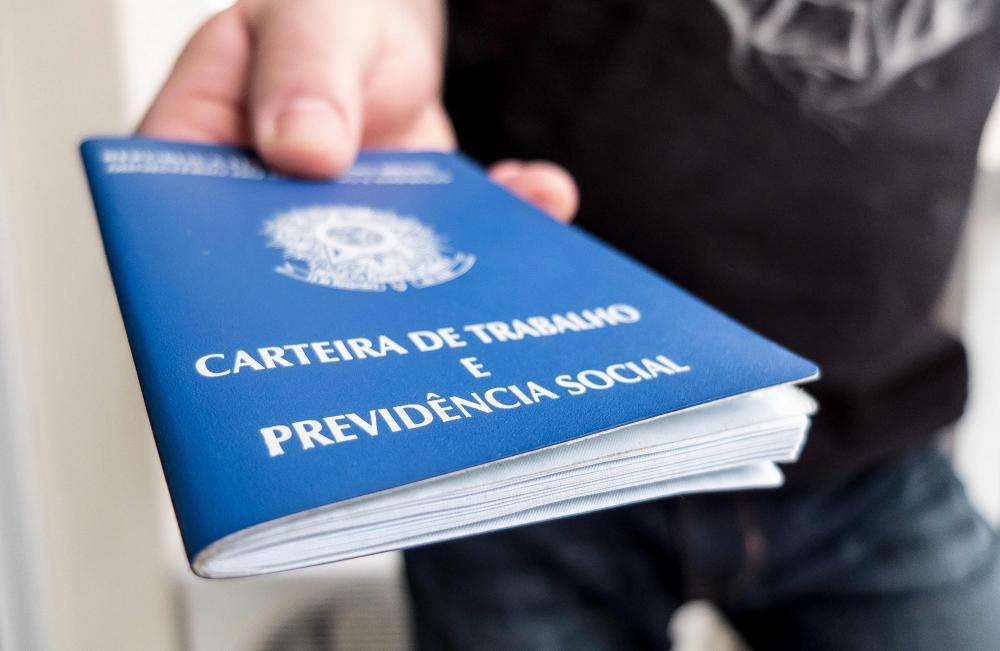 Vagas de emprego para quinta (09) na capital e interior da Bahia