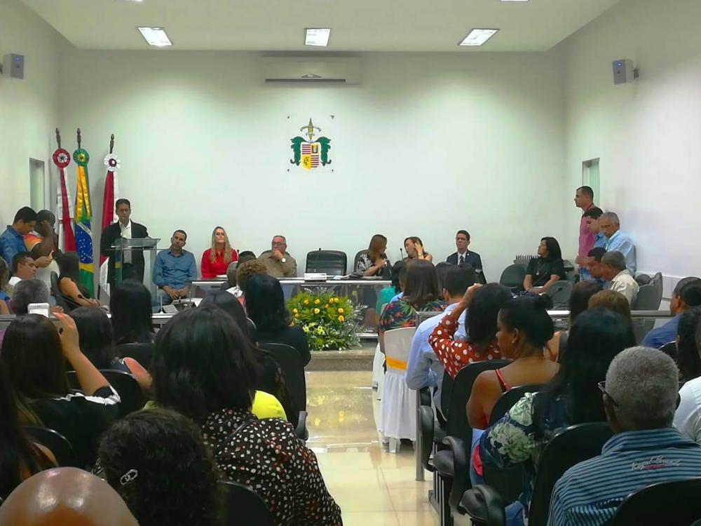 Conselheiros tutelares são empossados em Jaguaquara
